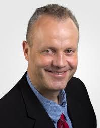 Dr. Arne Brüsch